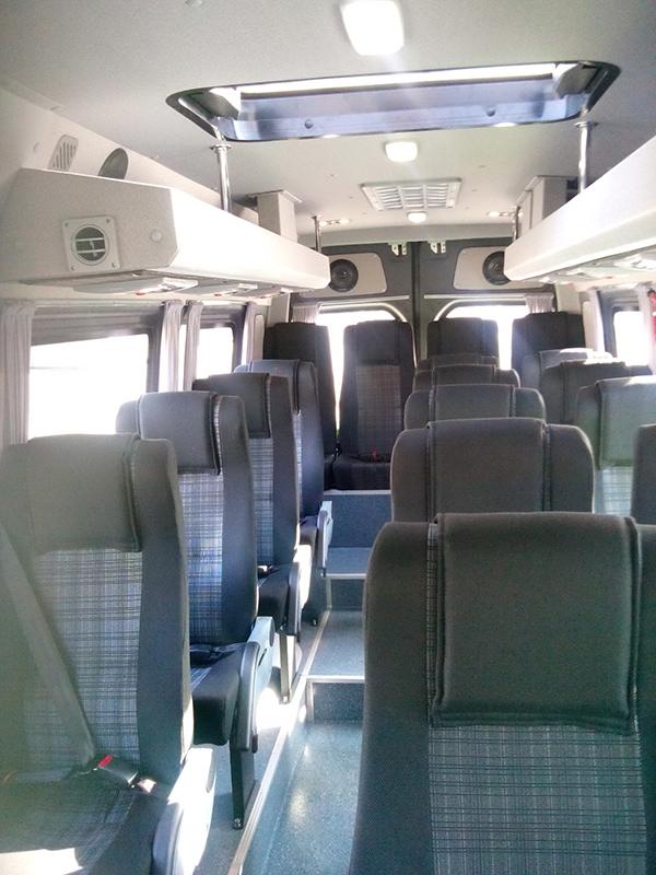minibus-2